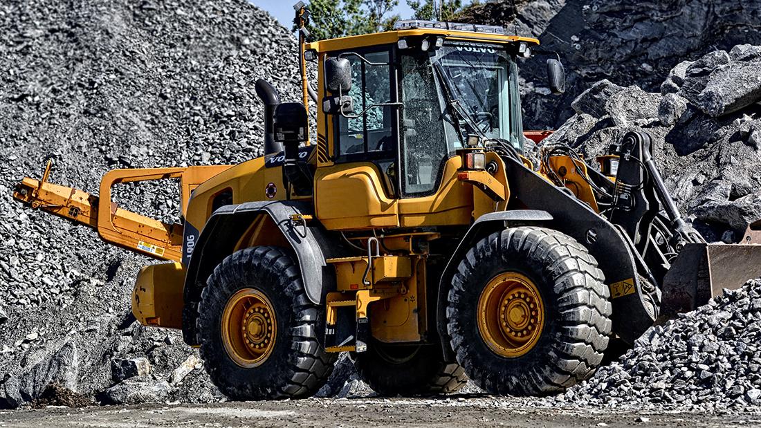 produzione cilindri per escavatori e sollevatori